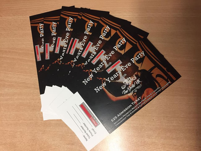 New Years Eve Party Tickets for Red Bar & Restaurant Weybridge Surrey with The Dolls UK