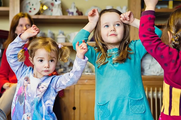 Dance classes in Weybridge for young kids, toddlers & babies at the Scout Hut
