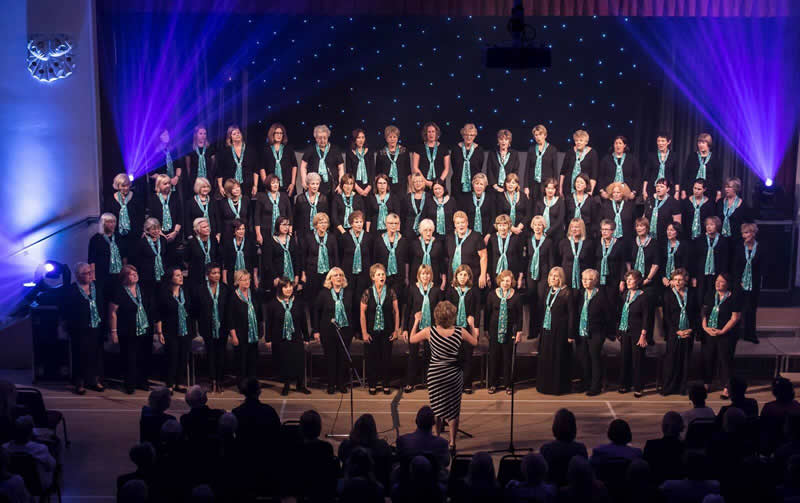 Musical Director's Swansong a Dazzling Spectacular - Surrey Music's 'Razzle Dazzle' June Charity Concert At Addlestone