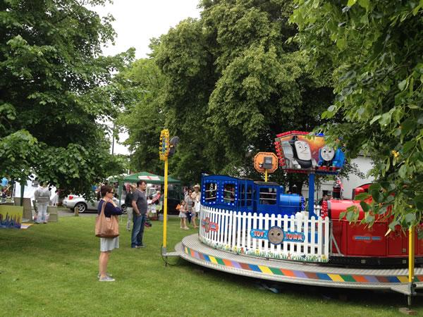 Rides for children on Monument Green Weybridge Elmbridge - Party On The Green
