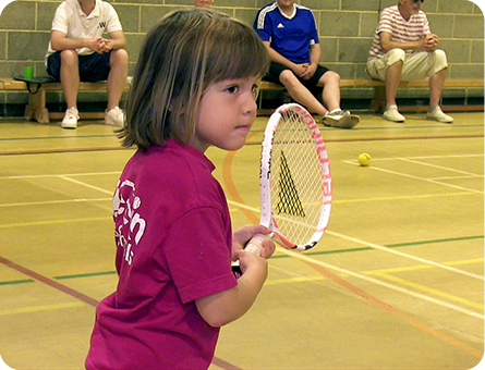Tennis Coach Teaches Children in Weybridge Cobham West Byfleet & Woking Surrey