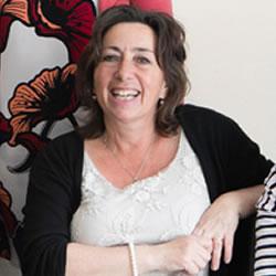 Liz Denham – Managing Director / Teacher at Weybridge International School of English