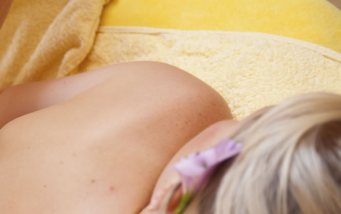 Serene Ayurveda (was Elizabeth Holistics) Weybridge Surrey - Ayurvedic Massage Reiki & Therapies