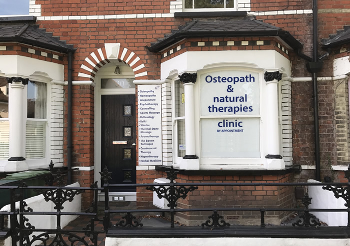 Weybridge Natural Therapies Clinic Elmbridge Surrey - Osteopathy, Homeopothy, Acupuncture, Counselling, Reflexology & other health treatments