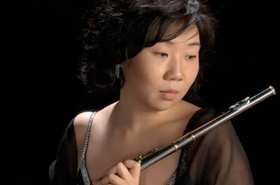 Mihi Kim Flute - Music On The Green Esher Concert