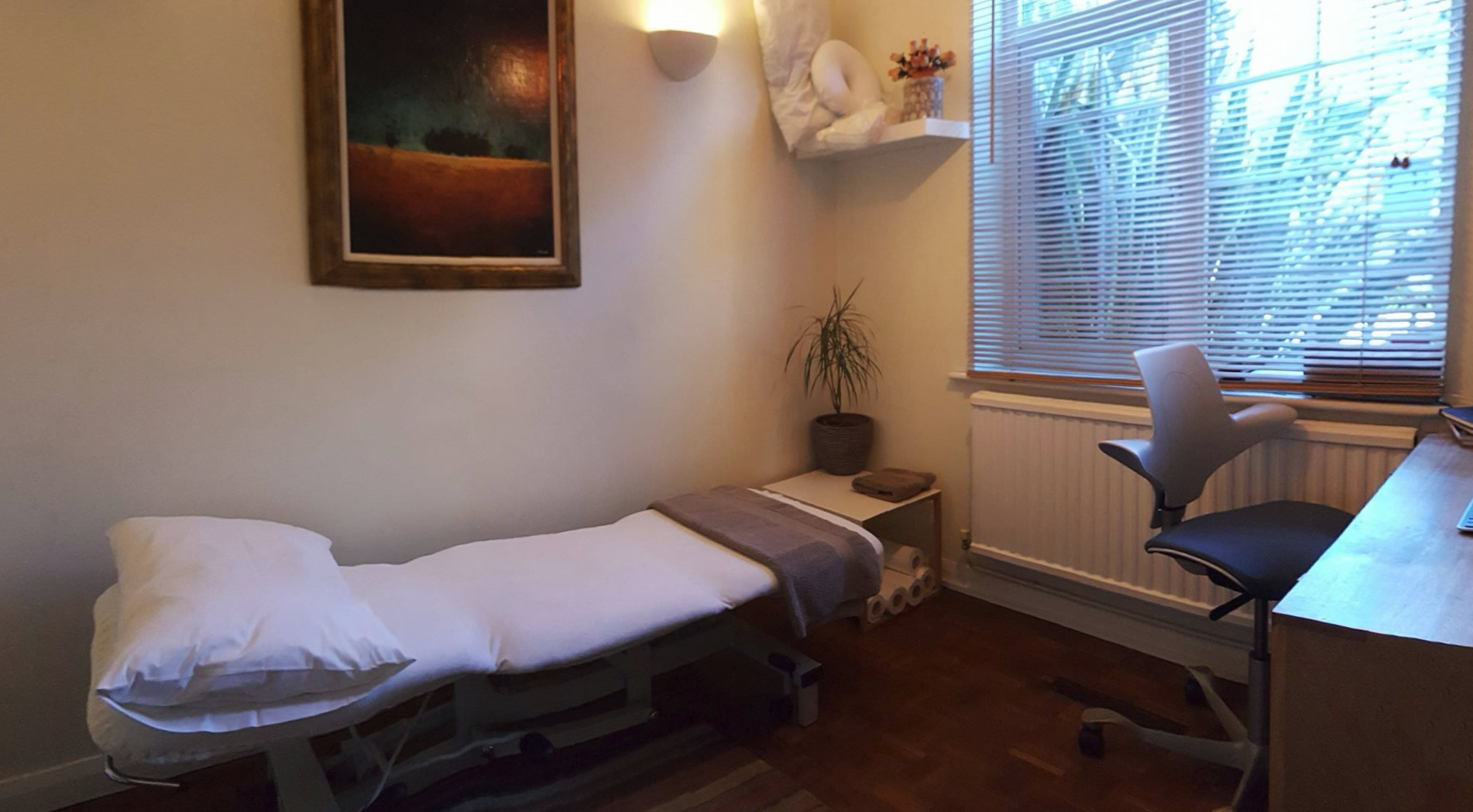 Pennington Osteopathy Treatment Room Oatlands Weybridge Surrey