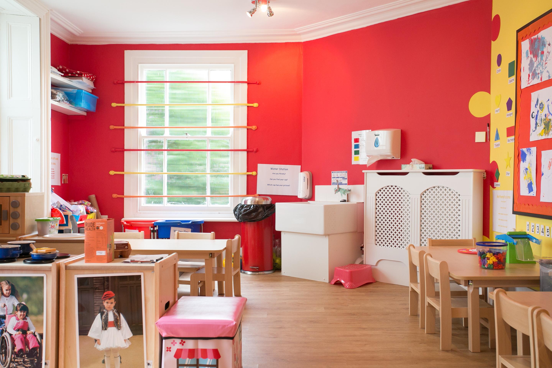 Fun Kids Day Nursery Weybridge Surrey