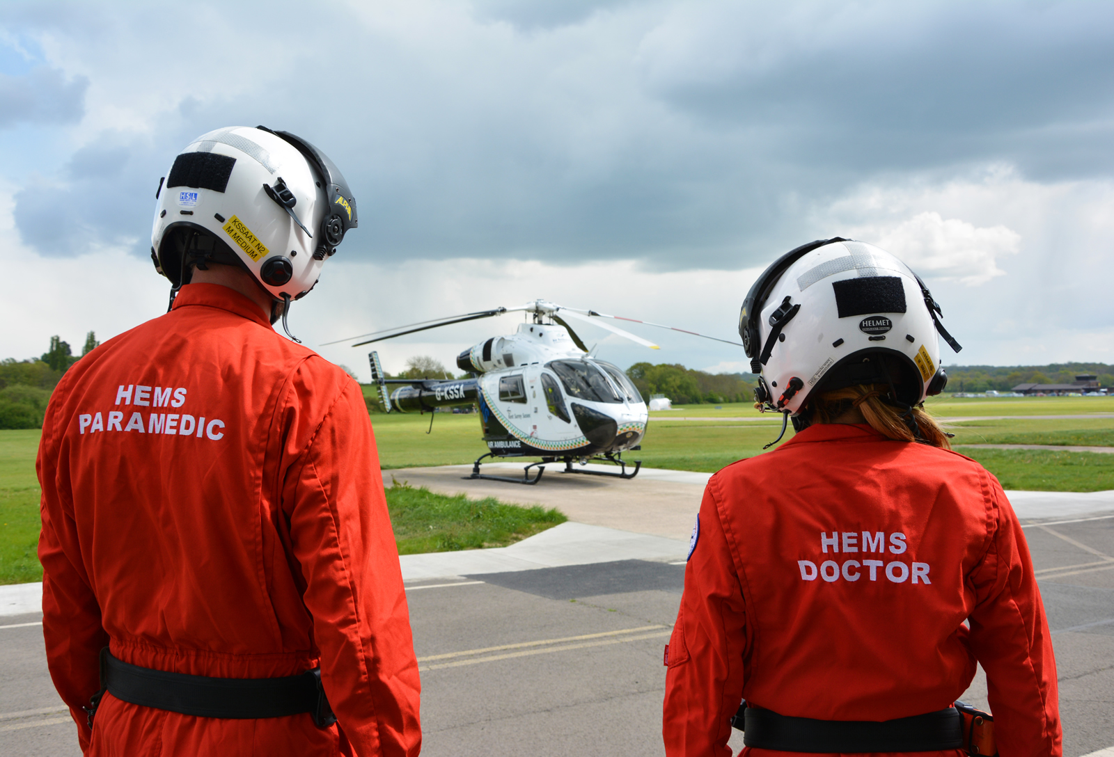 Kent, Surrey & Sussex Air Ambulance HEMS Doctor and Paramedic