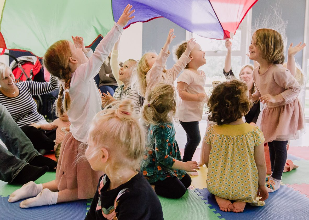 Easter themed dance and drama entertainment for children in Weybridge