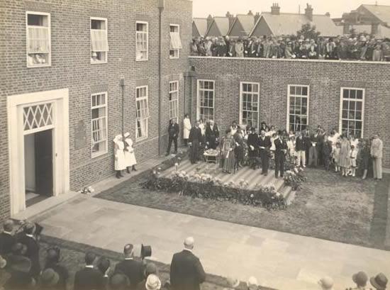 Opening Weybridge Hospital Surrey History