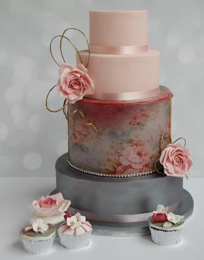 Floral Vintage Rose Wedding Cake for Walton-on-Thames wedding