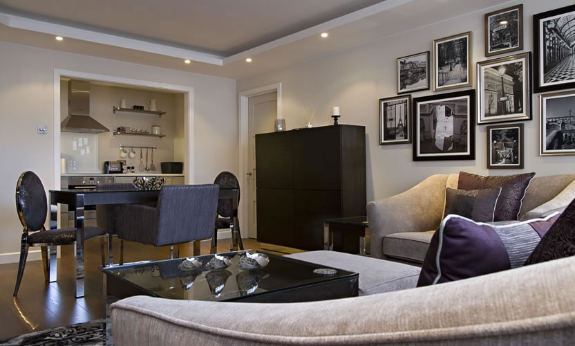 London Living Dining Room