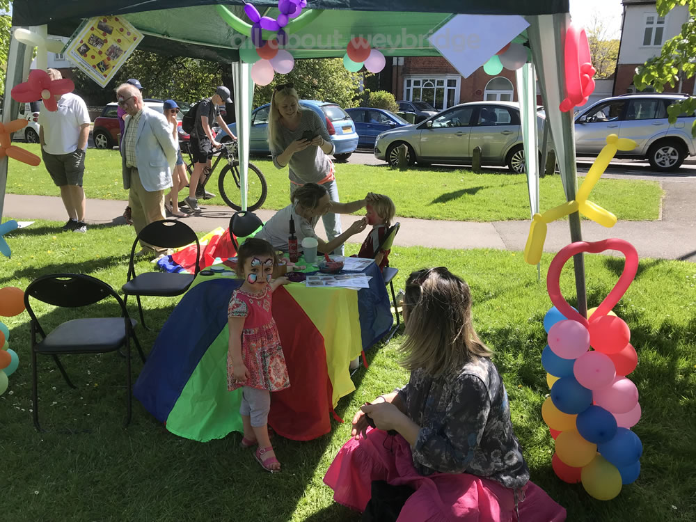 Face Painting and Balloon Modelling Fun at Weybridge Green Surrey Baking Competition